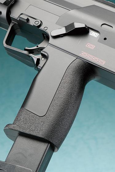 クラウンモデル「CP7 電動サブマシンガン」製品レビュー