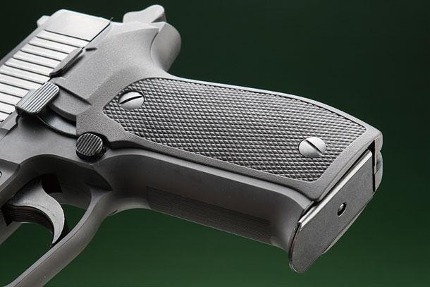 タナカ「SIG P226アーリータイプ EVO2フレームHW」製品レビュー