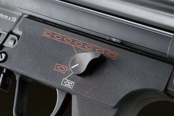 BOLTエアソフト「MP5J電動ガン」製品レビュー