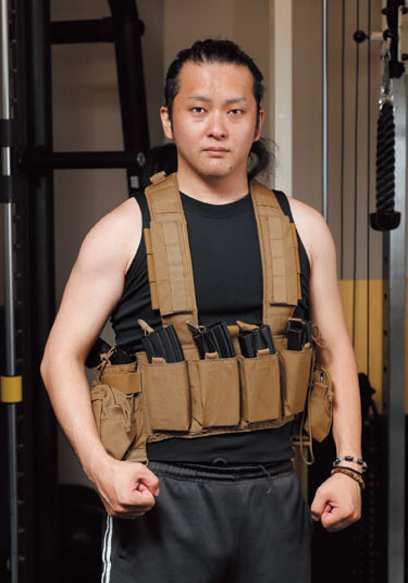 特殊部隊員のような「装備の似合うカラダ」を目指せ!