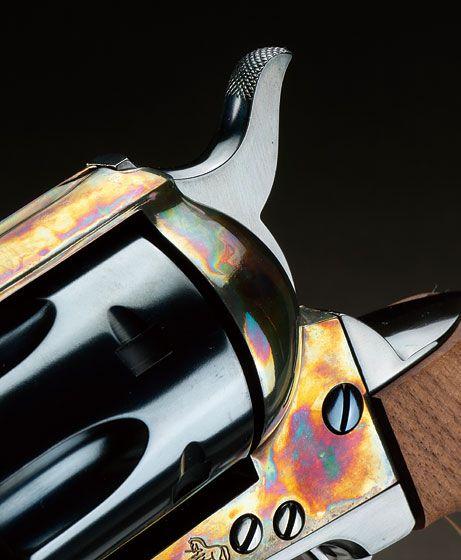 ハートフォード「コルトSAA45 ブルードカスタム」製品レビュー