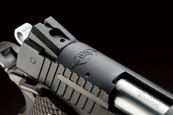 ウエスタンアームズ「SIG1911ブラックウォーター(サイレンサー&マズルキャップ付き)」製品レビュー