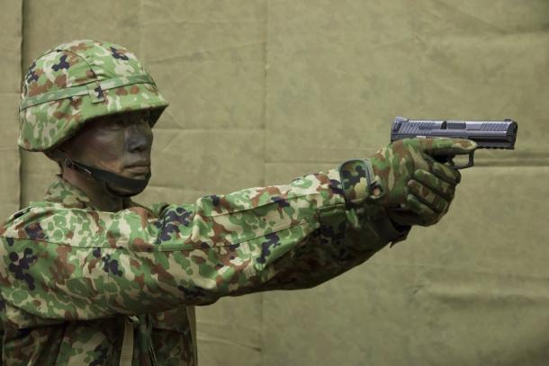 陸上自衛隊 新拳銃 9mm拳銃 SFP9 (H&K VP9)