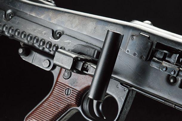 MG42 汎用機関銃【無可動実銃の魅力】