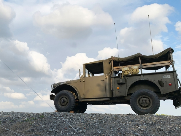 軍用車「ダッジM37」レストア現場を取材【かざりのフォト日記】