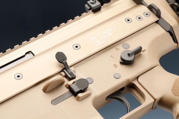 WE SCAR-H GBBクレーンストックVer.TAN
